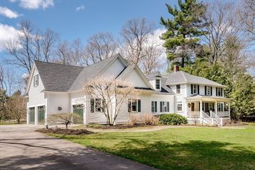Photo of 37 Pine Street Dover, MA 02030