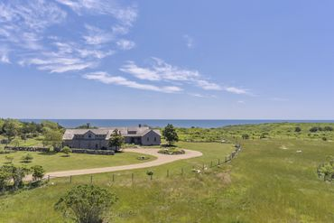 Photo of 18 Spruce Gate Road Chilmark, MA 02552