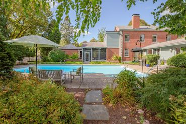 Massachusetts Featured Home For Sale 49