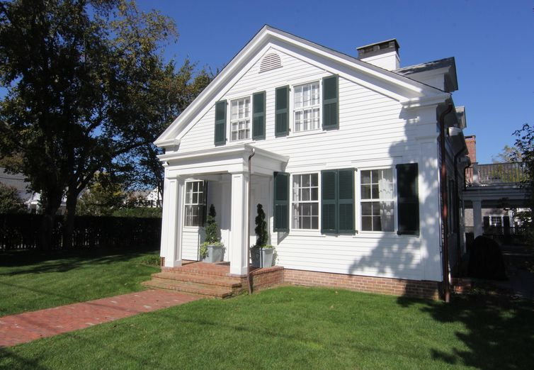 29 Morse Street Edgartown MA 02539 - Photo 1