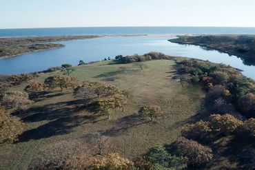 Martha's Vineyard Featured Home For Sale 4