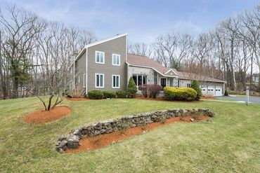 Photo of 26 Greybirch Road Andover, MA 01810