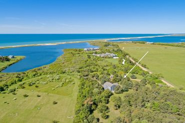 Martha's Vineyard Featured Home For Sale 19