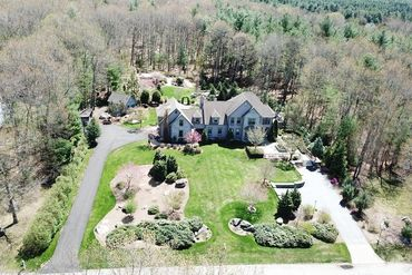 Photo of 82 Duck Pond Drive Groton, MA 01450
