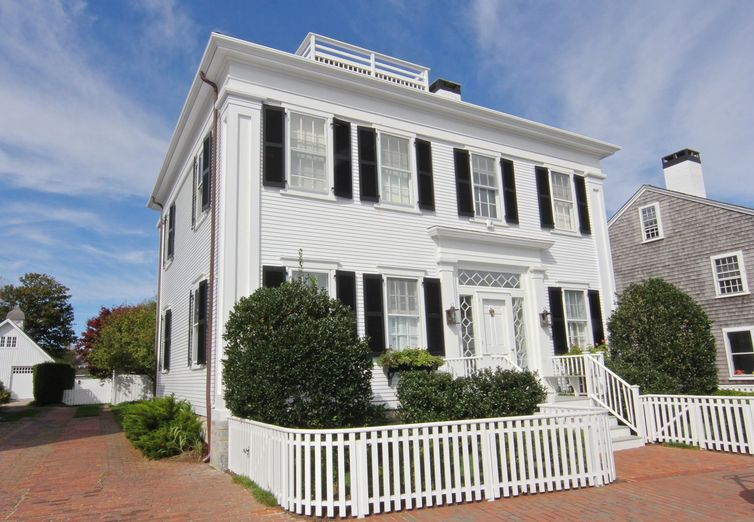 88 North Water Street Edgartown MA 02539 - Photo 1