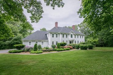 Photo of 38 Presidential Drive Southborough, MA 01772