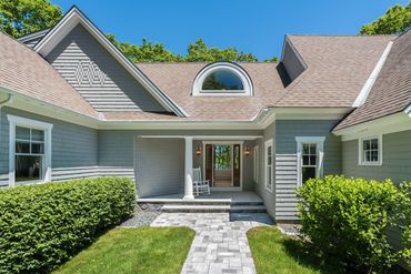 Photo of 15 Beech St Kennebunkport, ME 04046