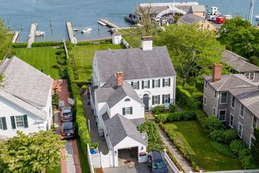 Photo of 61 N Water St Edgartown, MA 02539