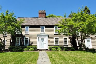 Photo of 9 Old Orchard Road Newton, MA 02467