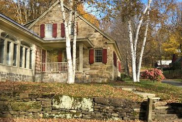 Photo of 585 Brown Hill Rd Woodstock, VT 05091