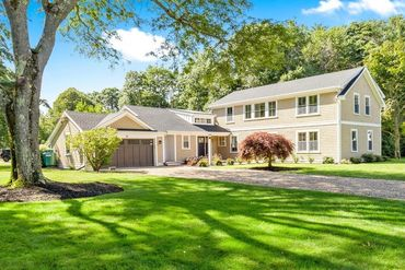 Photo of 36 Walker Road Manchester, MA 01944