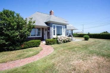 Photo of 1 Bywater Court Falmouth, MA 02540