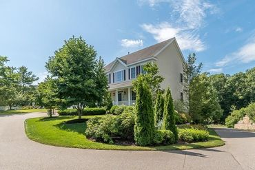 Photo of 106 Old Essex Manchester, MA 01944