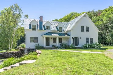 Woodstock / Upper Valley Featured Home For Sale 7