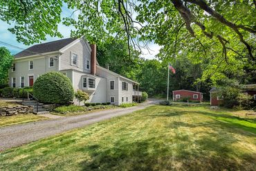 Photo of 111 Allen Ave Ext Falmouth, ME 04105