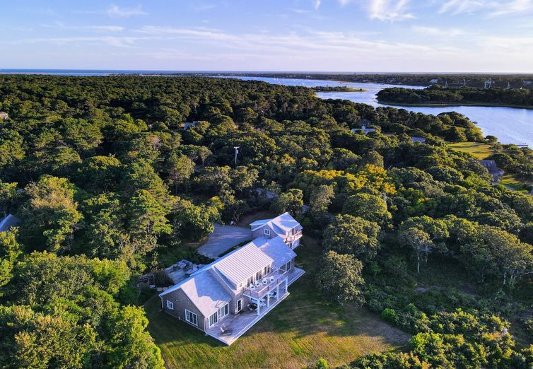 7 Litchfield Road Edgartown MA 02539 - Photo 1