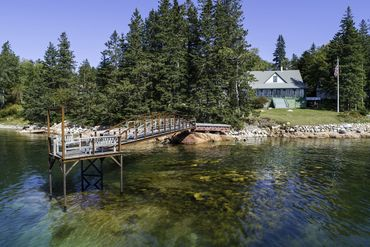 Photo of 39 Steamboat Rd Brooklin, ME 04616