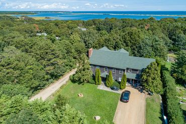Martha's Vineyard Featured Home For Sale 25