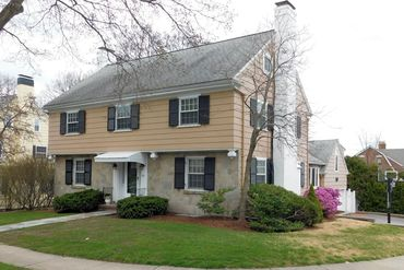 Photo of 135 Lewis Road Belmont, MA 02478