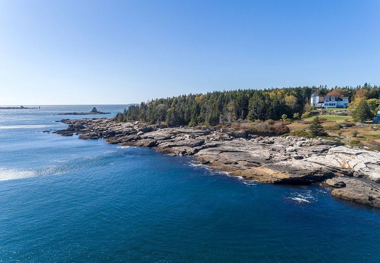 53 Cunner Rock Rd Boothbay ME 04544 - Photo 1