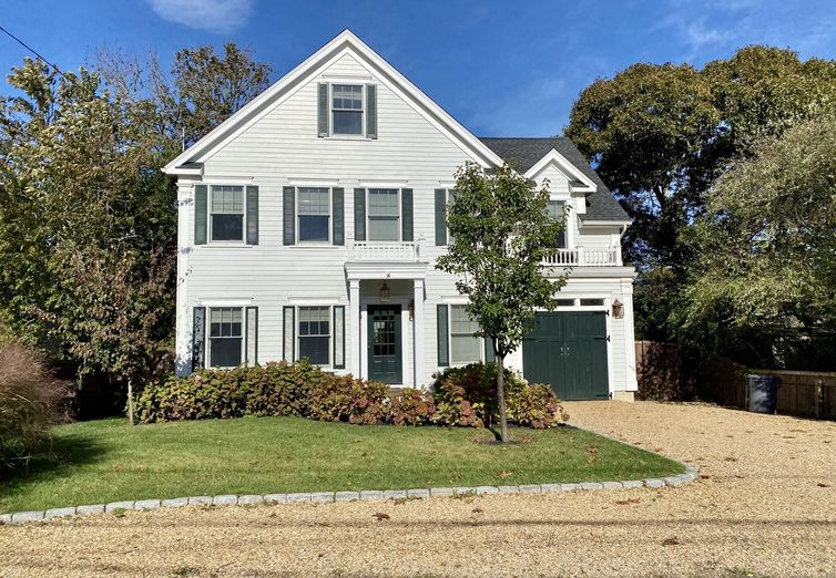 53 Pinehurst Rd Edgartown MA 02539 - Photo 1