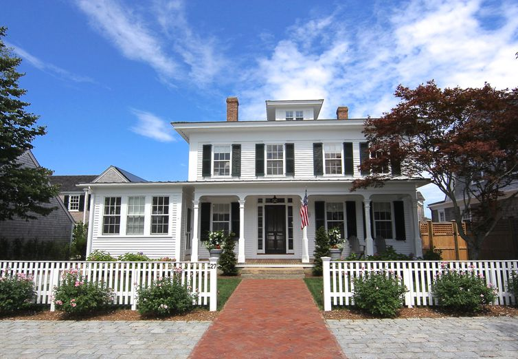 27 Pierce Lane Edgartown MA 02539 - Photo 1