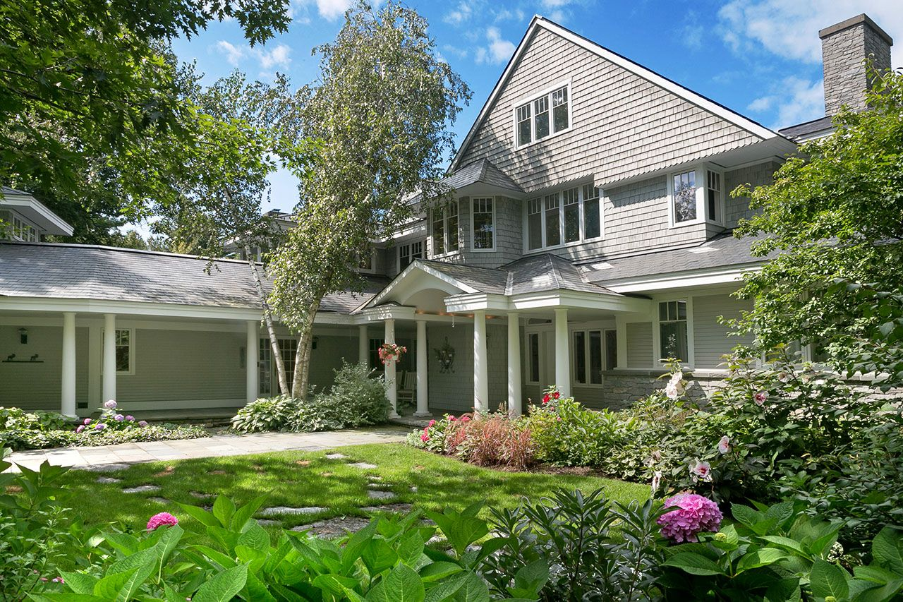 Single Family Home for Sale at Wing's Bay 311 Whalley Road, Charlotte, Vermont 05445 United States