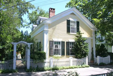 Photo of 61 Davis Lane Edgartown, MA 02539