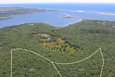Martha's Vineyard Featured Home For Sale 37