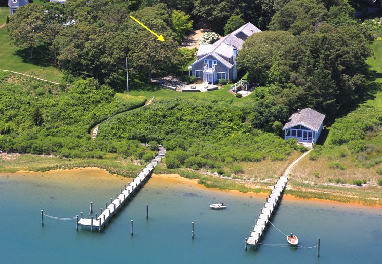 32 Ocean View Avenue Edgartown MA 02539 - Photo 1