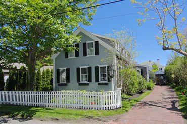 Photo of 63 School Street Edgartown, MA 02539